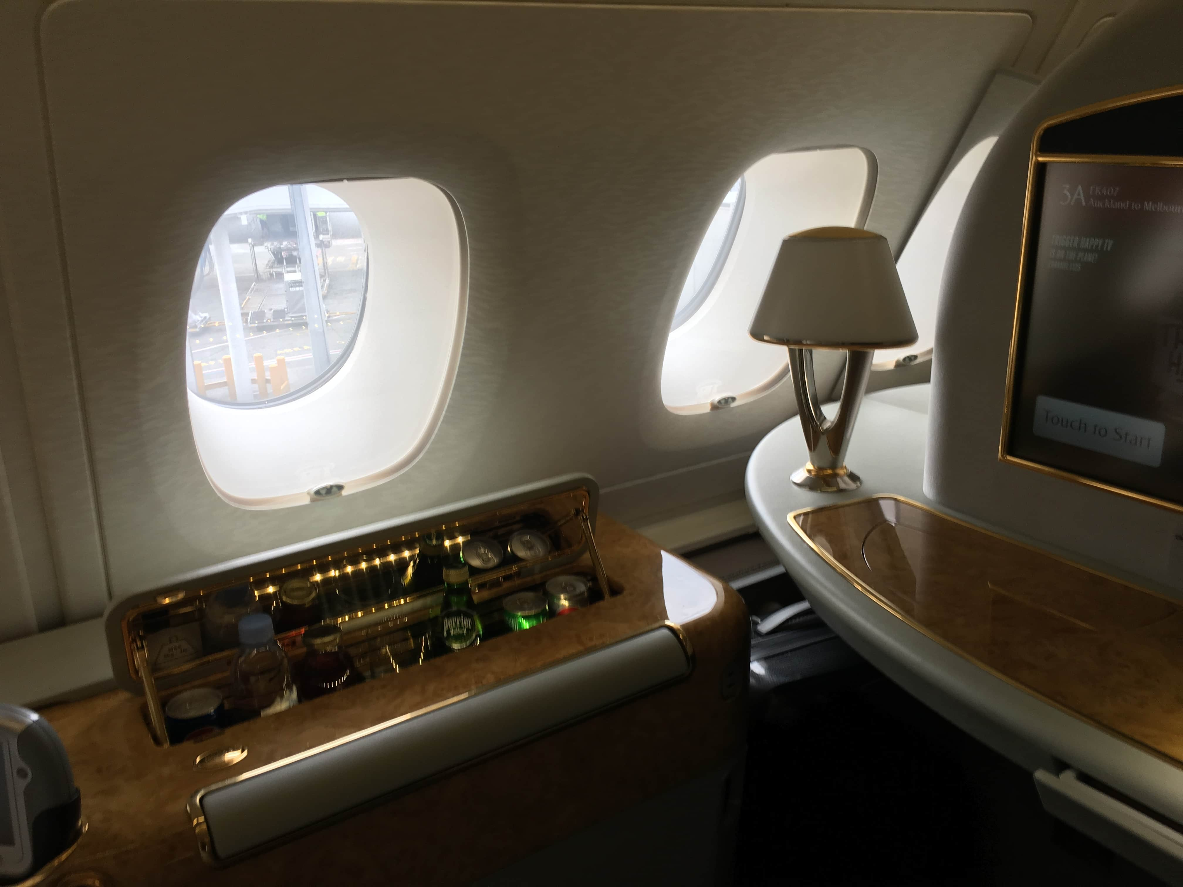 Flashy & fancy: Emirates First Class Suite A380