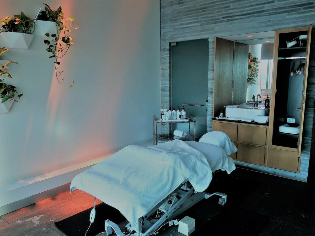 qantas first spa treatment mel