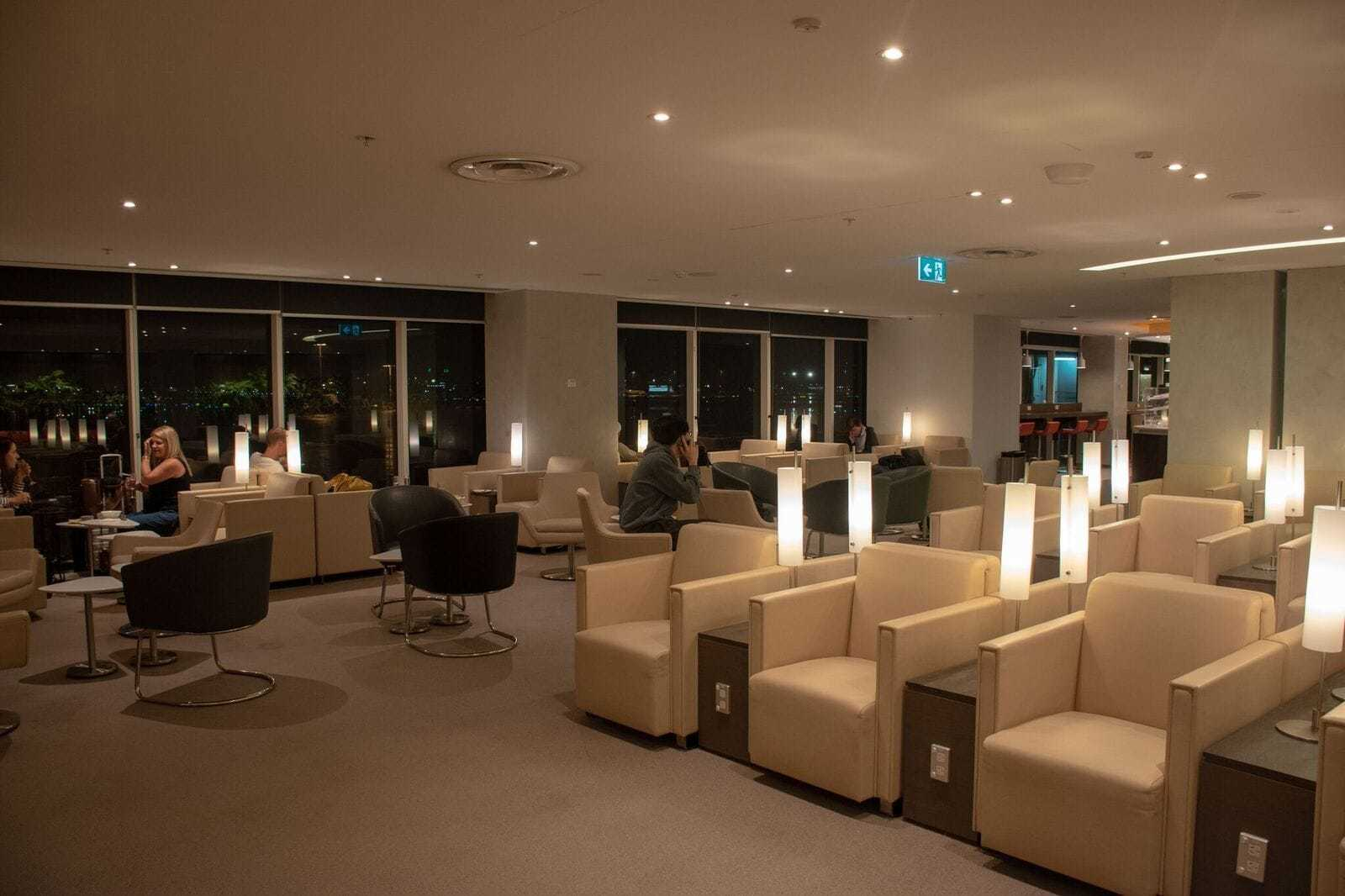 Review: A look at the SkyTeam Sydney Lounge