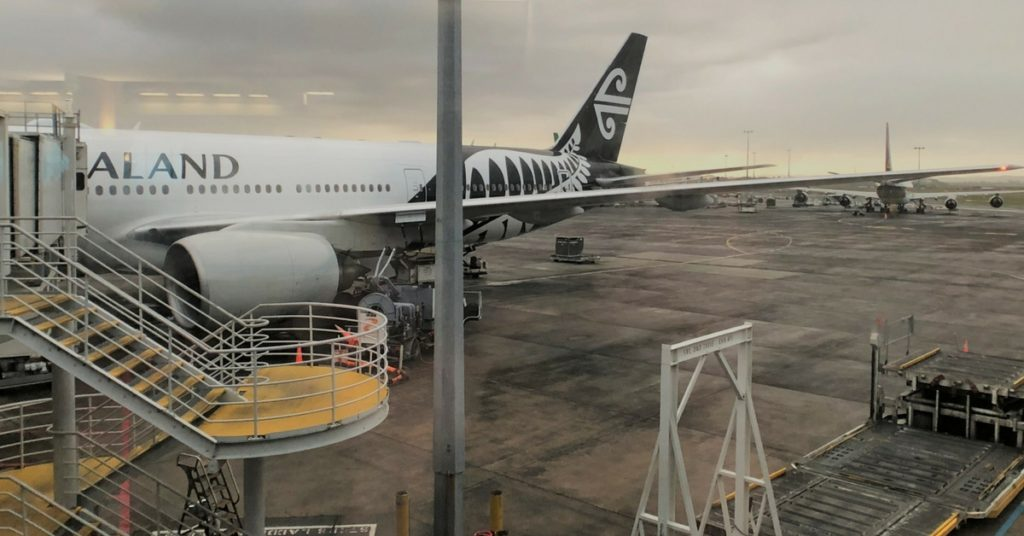air new zealand business class plane