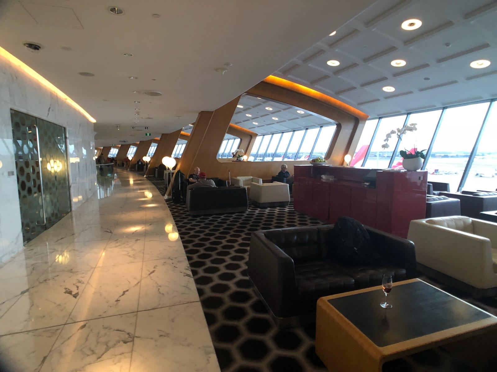 qantas first class lounge walkway