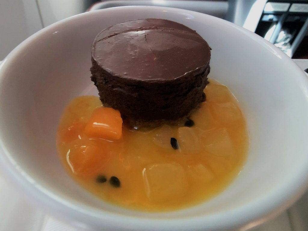 latam business class dessert