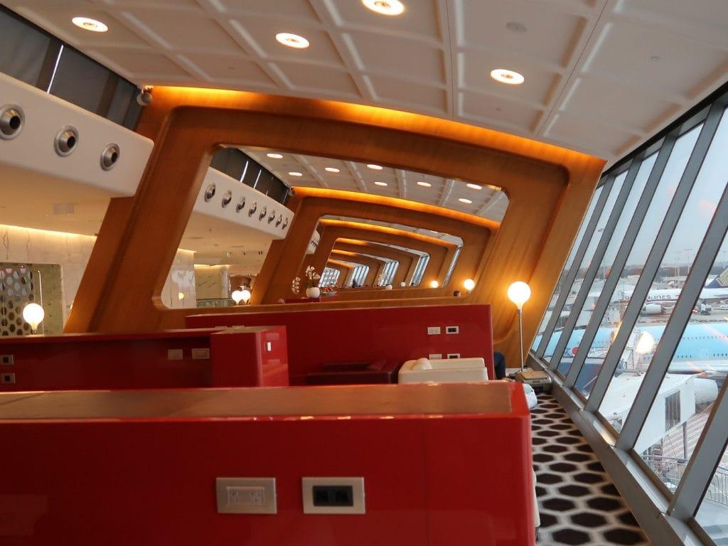 qantas first class lounge sydney 19