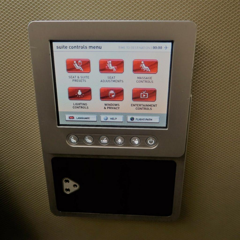 qantas a380 first class controls