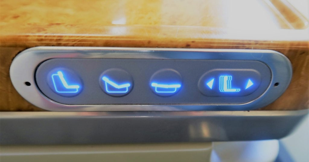 emirates business class review a380 seat controls