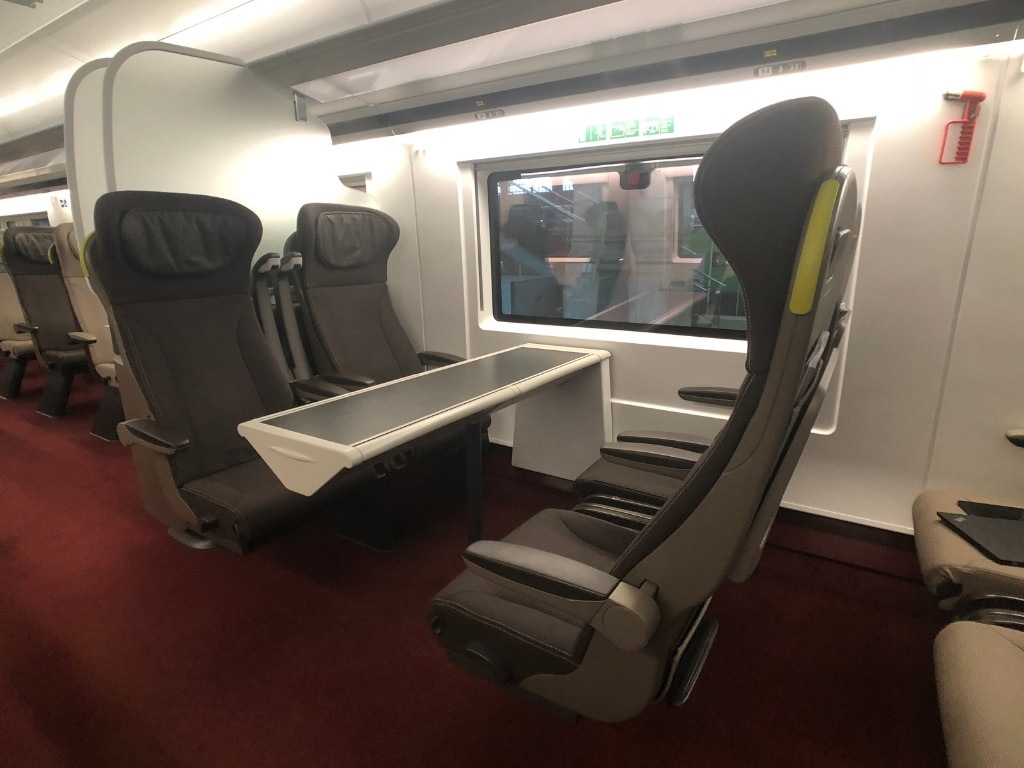 eurostar train review standard premier seat bank side view horizontal