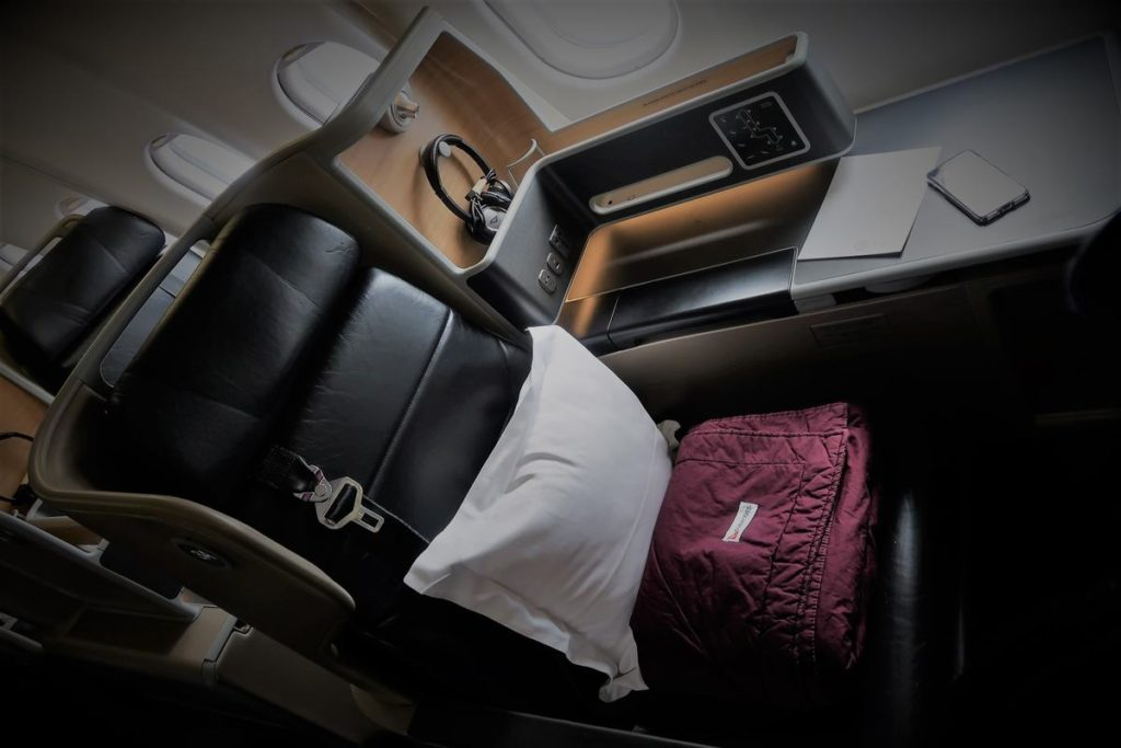 qantas a330 business class review
