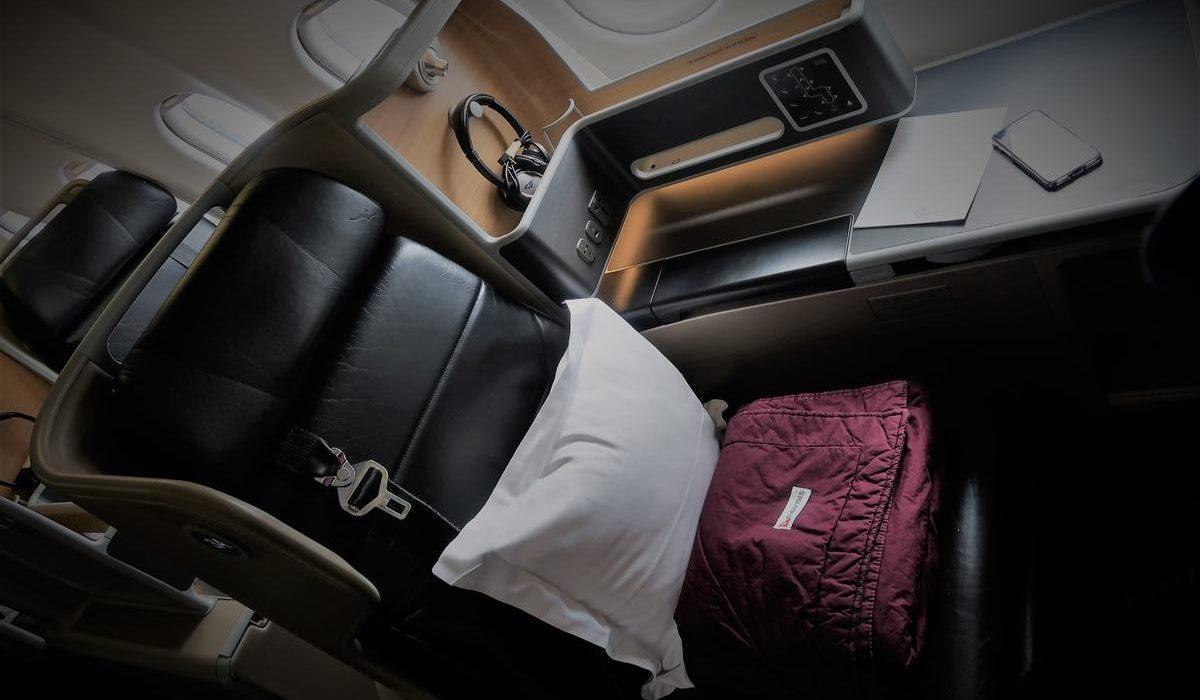 qantas business class a330 seat