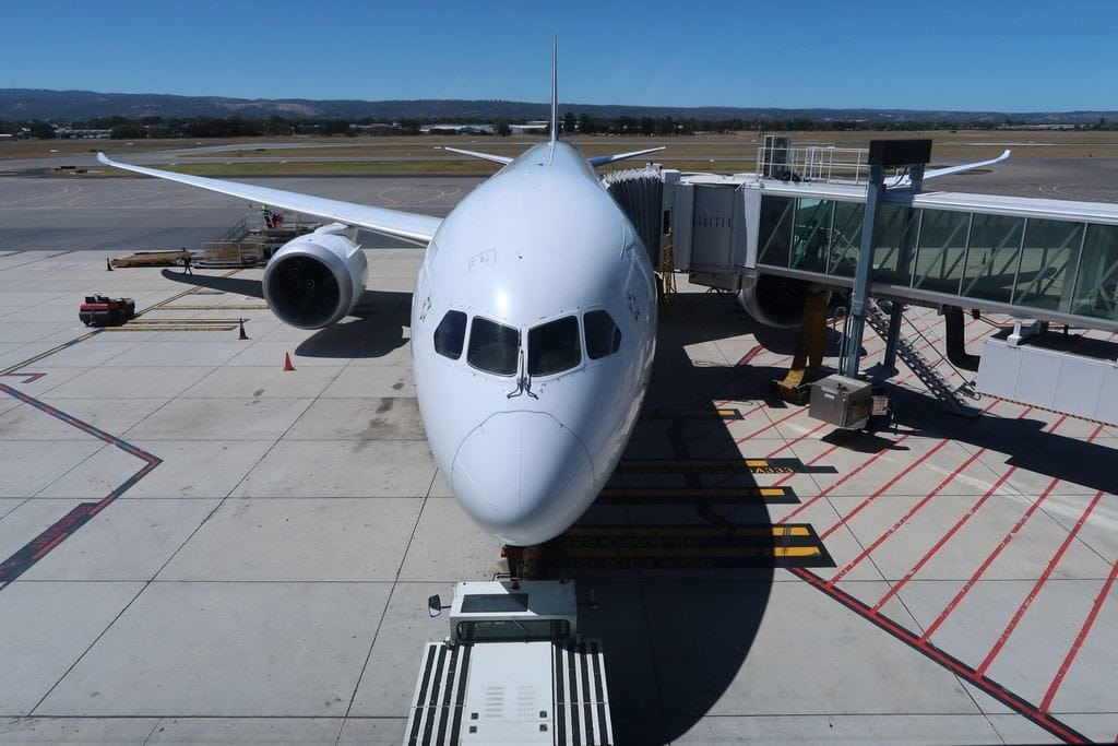 air new zealand plane at adelaide airport