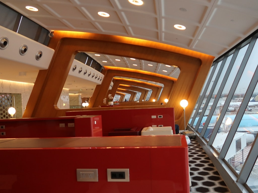 How to spend a whole day in the Qantas Sydney International First Lounge