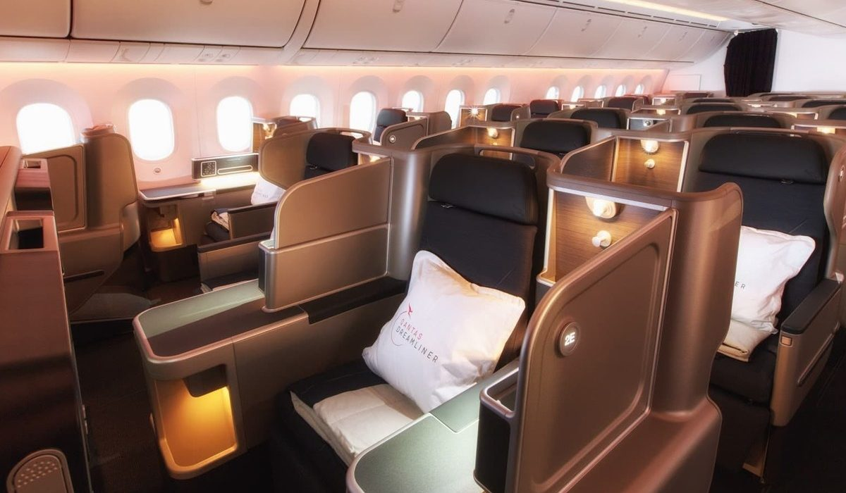 Qantas Business Class Dreamliner cabin