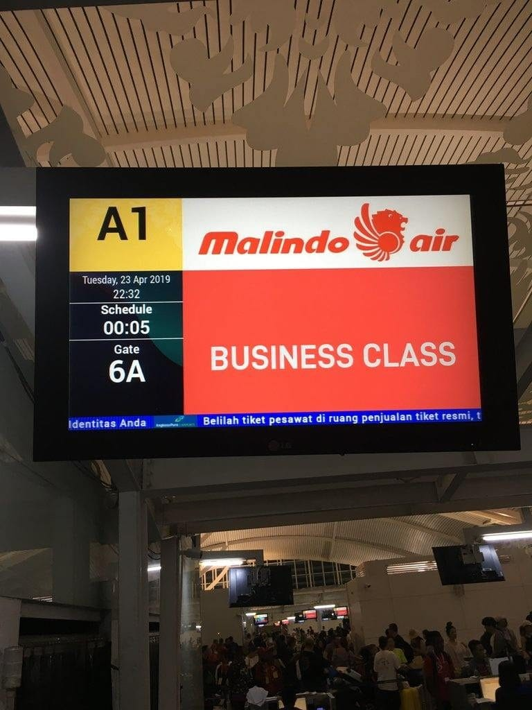 business class sign malindo air denpasar