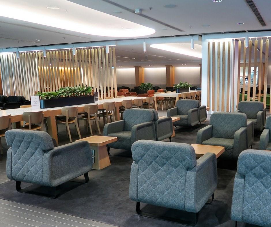 relax at a qantas lounge pre flight