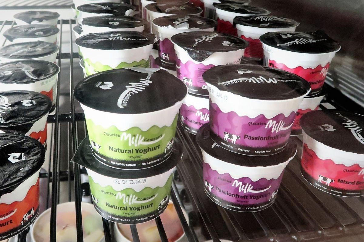 singapore airlines krisflyer lounge adelaide yoghurt