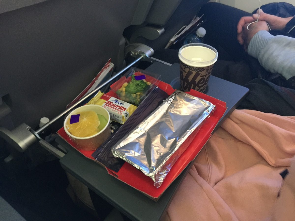norwegian air economy meal