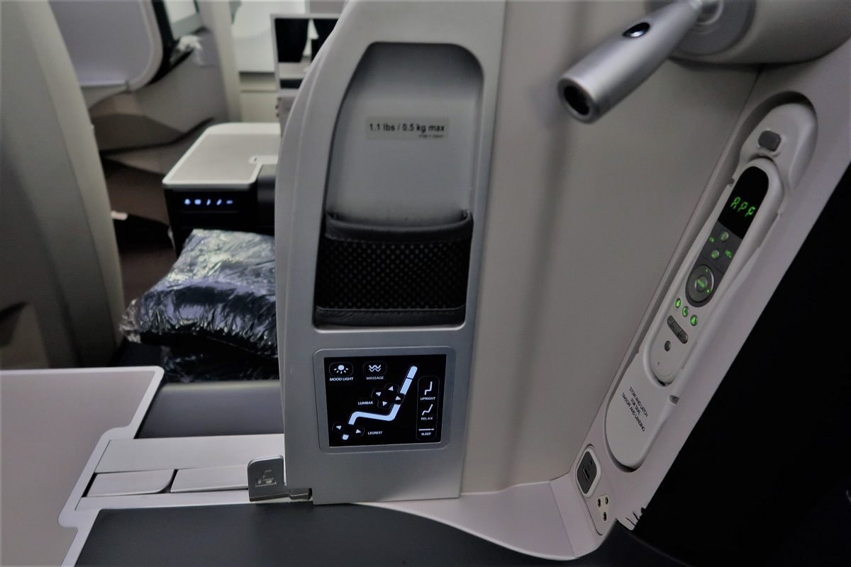 Malaysia Airlines Business Class KUL to ADE pic seat 5D