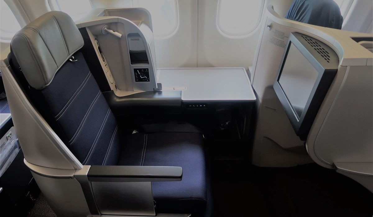 Malaysia Airlines Business Class KUL to ADE pic seat 3A