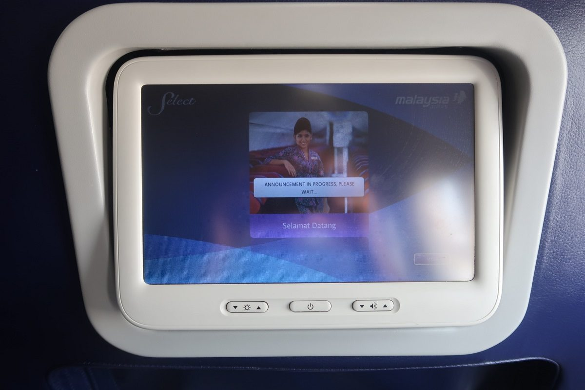 Malaysia Airlines business class SIN to KUL entertainment system