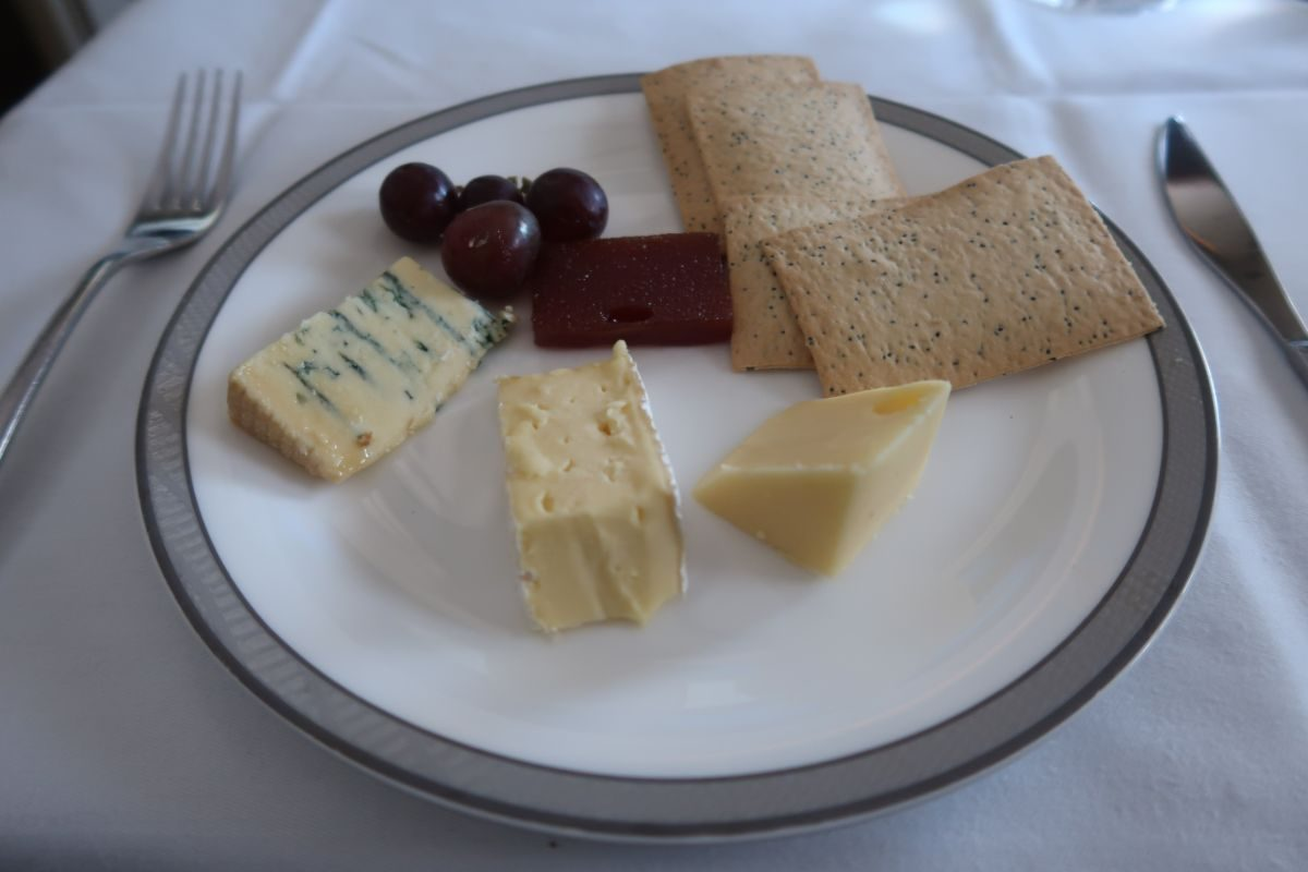 Singapore Airlines old A380 First Class Suite cheese