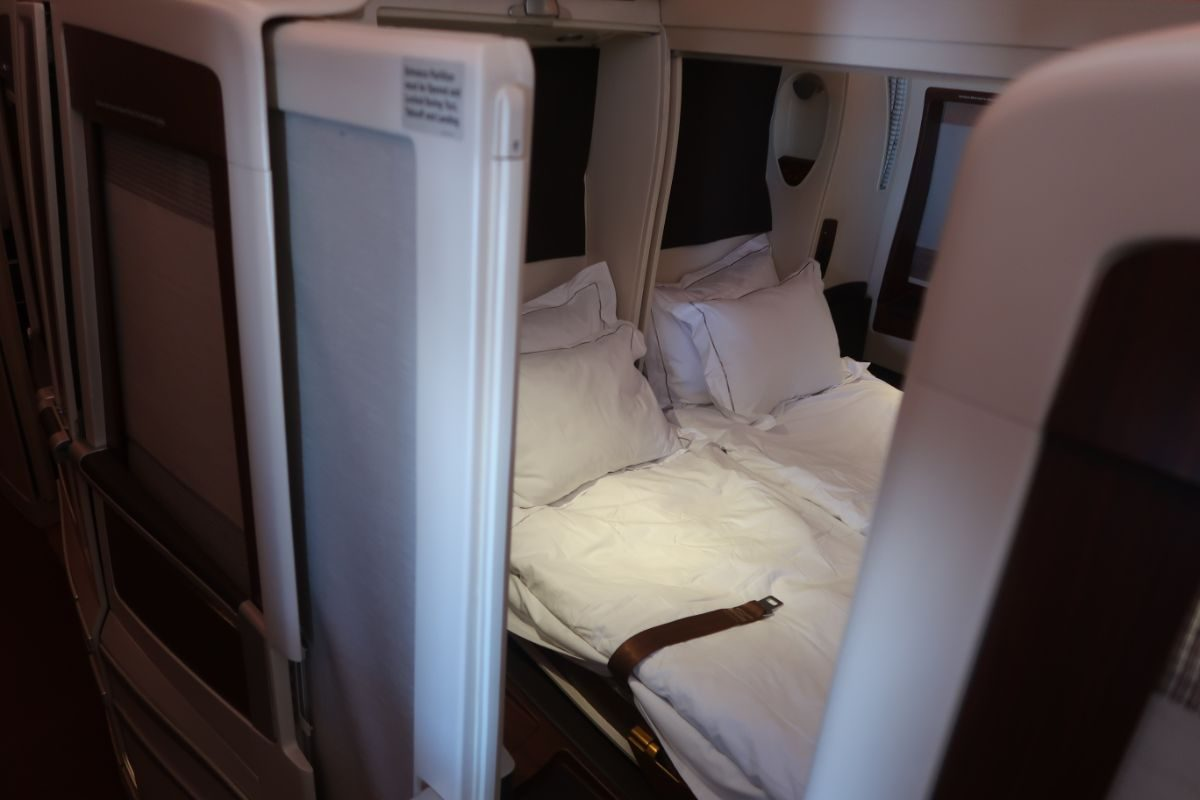Singapore Airlines old A380 First Class Suite champagne double suite