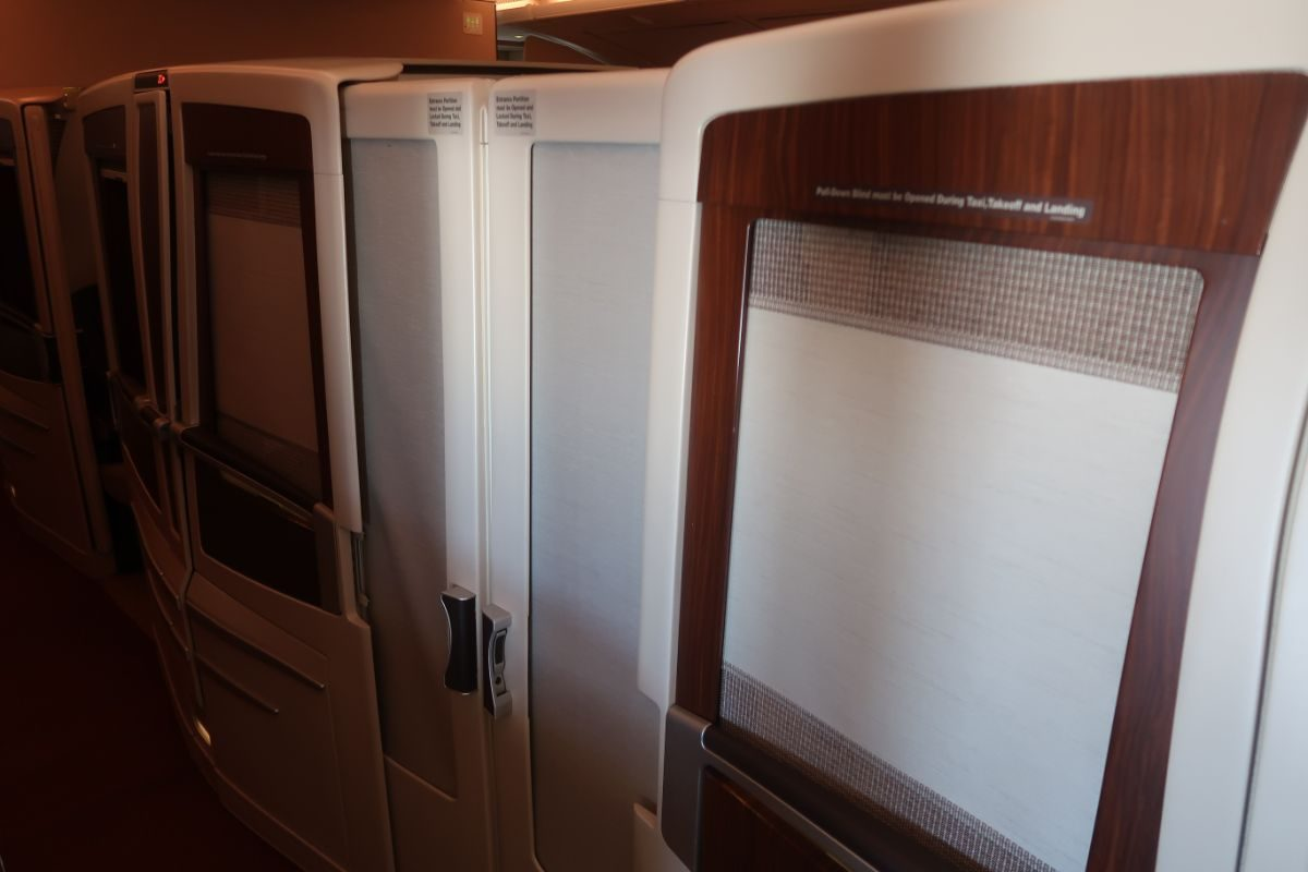 Singapore Airlines old A380 First Class Suite champagne internal suite