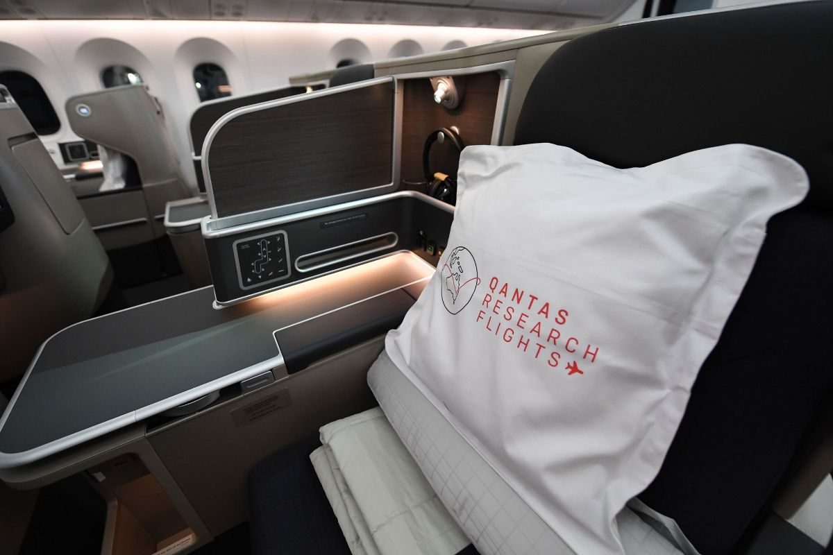 qantas research flights business cabin