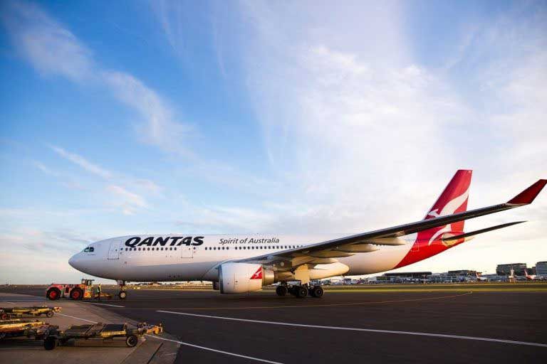 qantas a330 aircraft