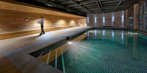 Intercontinental Melbourne The Rialto club pool