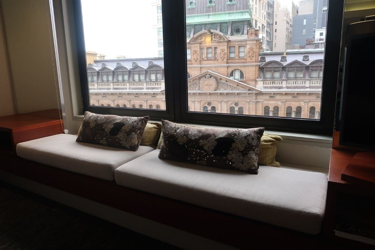 IHG Intercontinental Sydney chaise lounge window