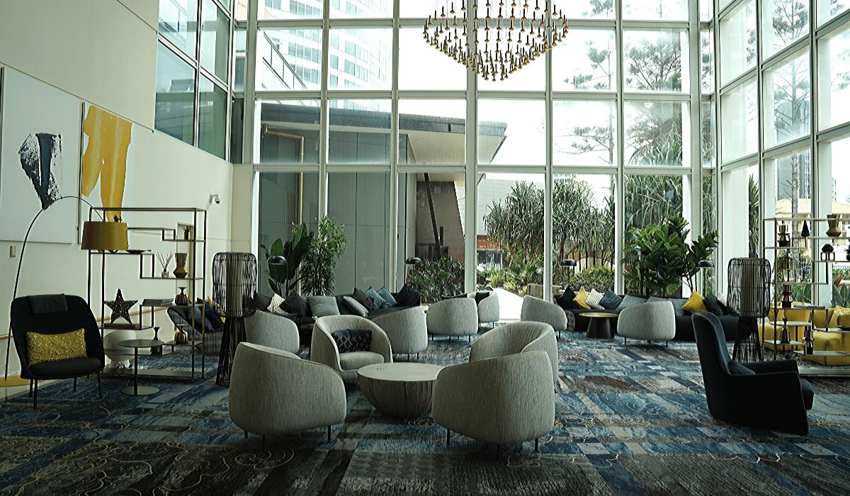 voco gold coast lobby