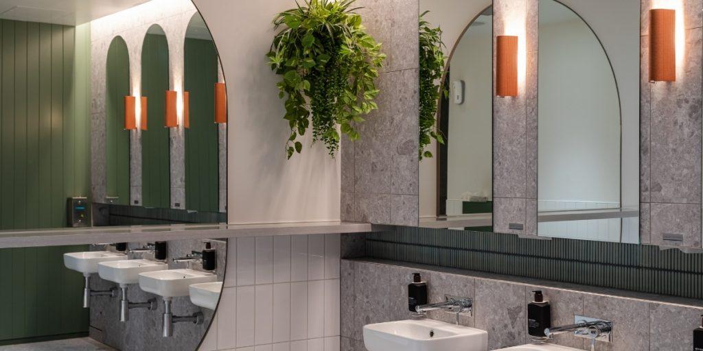 Virgin Australia Lounge Adelaide bathrooms