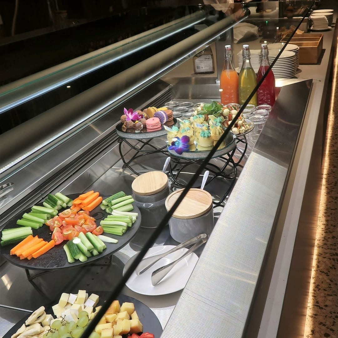 AMEX melbourne lounge buffet