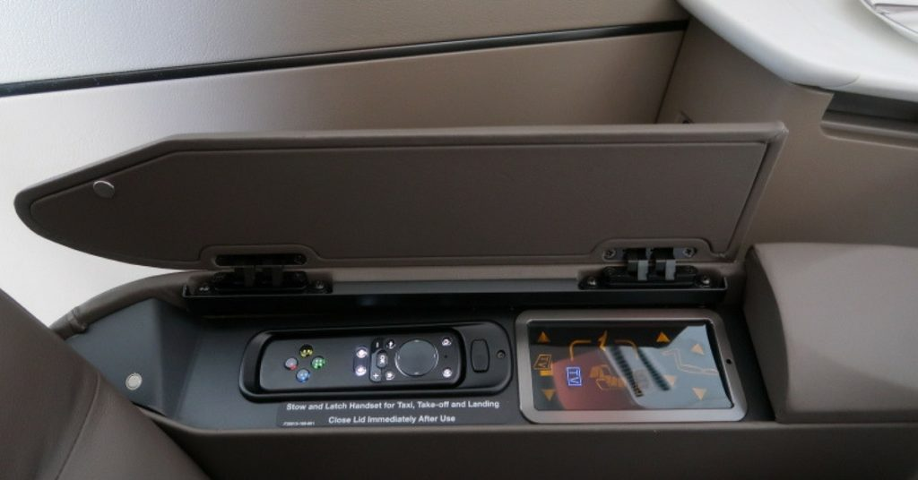 New Singapore Airlines A380 first class suite - inchair seat controls