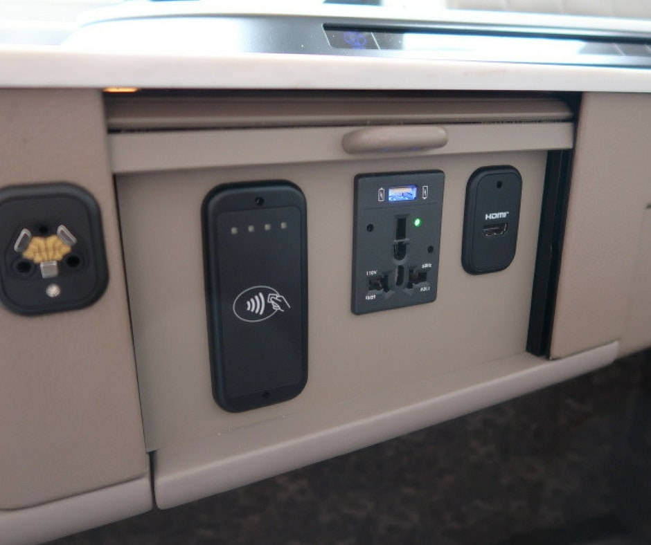 New Singapore Airlines A380 first class suite - sockets and payment system